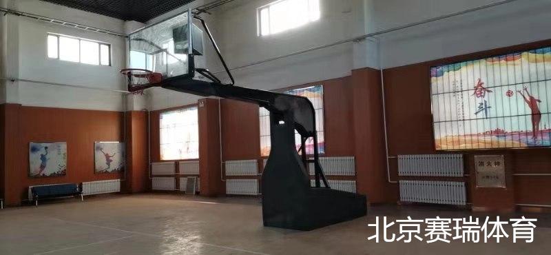 内蒙古案例(电动液压篮球架 )